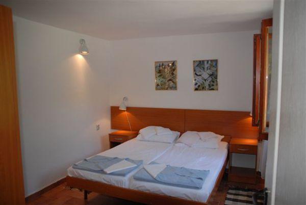 Bedroom 3, lower terrace