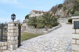 Villa Divina, near Sveti Stefan, Budva Riviera