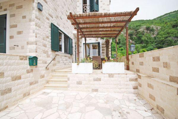 Villa Mosaik