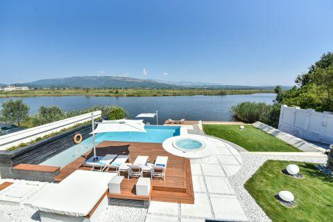 Villa Riverdance near Ulcinj