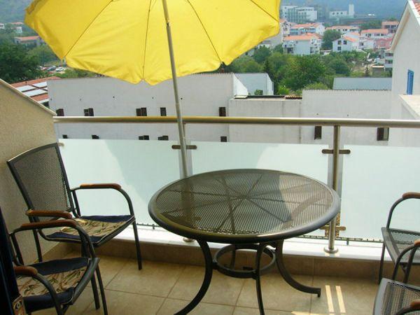 Balcony (typical example)
